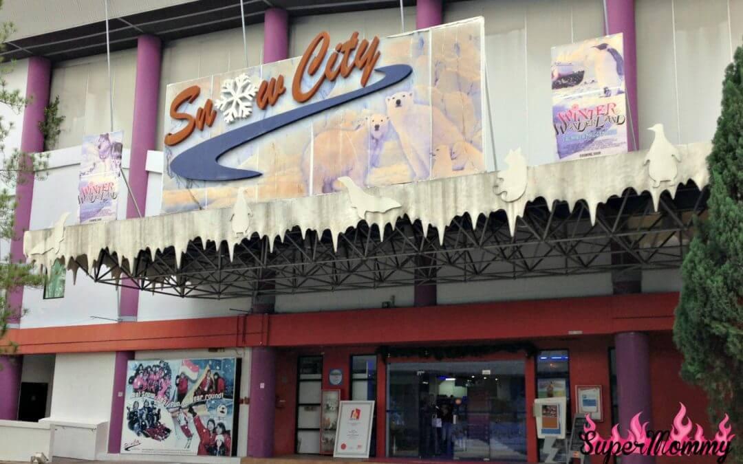 """Snow City"" – Singapore's Winter Wonderland"