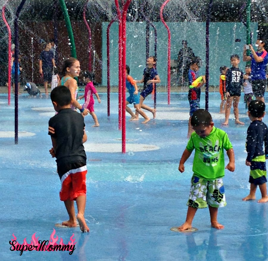 Water Play - Children's Garden - Garden's By The Bay