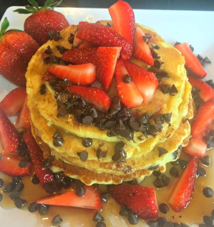 Easy Pancake Recipe Chocolate Strawberry Breakfast Food
