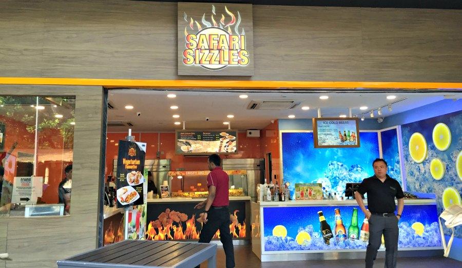Singapore Night Safari Restaurants Food Alcohol