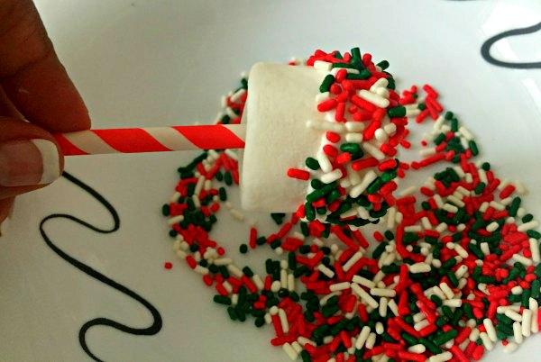 Christmas Xmas Easy No Bake Dessert Candy Cane Cake Marshmallow Pops Stocking Stuffer Kids Party Treat