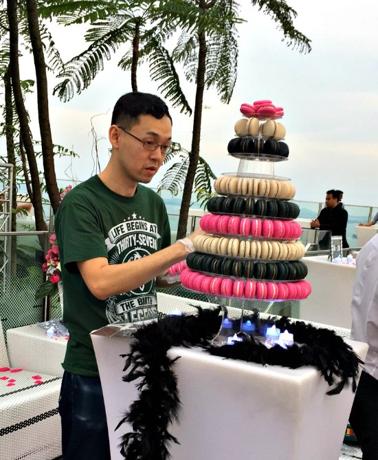 Buy Rent Macaron Tower Wedding Favour Customised Macarons Singapore SG Delivery Party Centerpiece Cake Anniversary Wedding