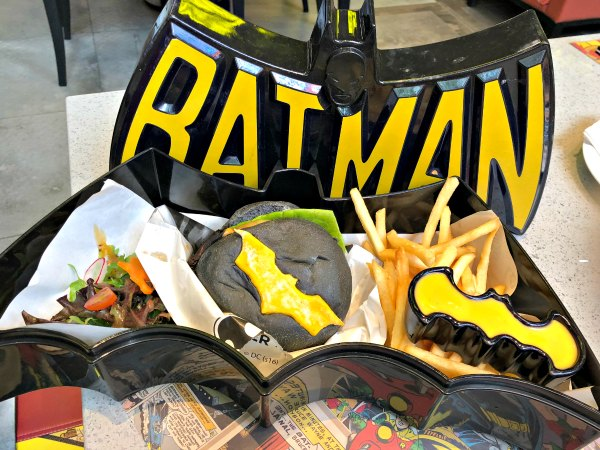 DC Super Comics Super Heroes Cafe Review Singapore Menu Promotions Discounts Food Kids Child Friendly Restaurants MBS Takashimaya 4