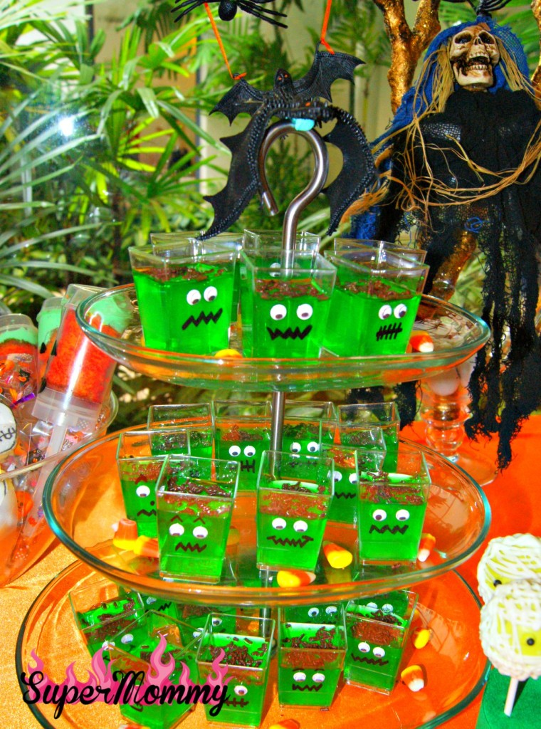 Halloween Kid's Party Food - Jello Monsters