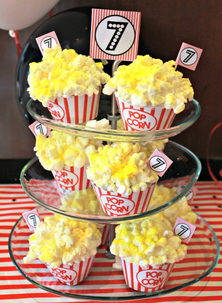 Popcorn Movie Night Cupcakes 5