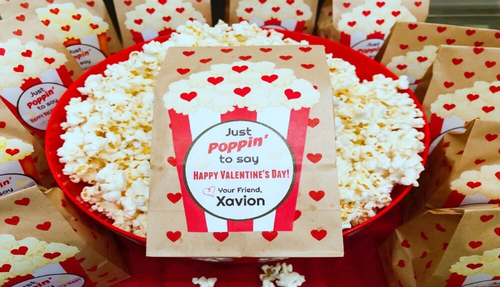 Easy Popcorn Valentine's Day Cards  / Free Printable Included